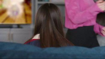 XFINITY Gig Speed Internet TV Spot, 'Open House' Featuring Amy Poehler - Thumbnail 3
