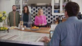 XFINITY Gig Speed Internet TV Spot, 'Open House' Featuring Amy Poehler - Thumbnail 8
