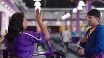 Planet Fitness PF Black Card TV Spot, 'Trae un amigo cada vez' [Spanish] - Thumbnail 5