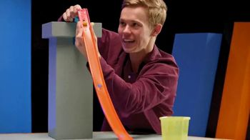 Hot Wheels Track Builder Unlimited TV Spot, 'Build and Boost' Featuring Tanner Fox - Thumbnail 3