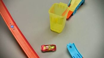 Hot Wheels Track Builder Unlimited TV Spot, 'Build and Boost' Featuring Tanner Fox - Thumbnail 5