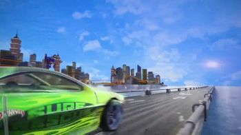 Hot Wheels City Color Shifter Shark Jump TV Spot, 'Robo-Shark Frenzy' - Thumbnail 2