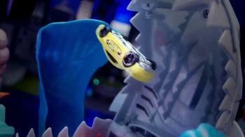 Hot Wheels City Color Shifter Shark Jump TV Spot, 'Robo-Shark Frenzy' - Thumbnail 9
