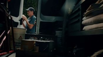 Benjamin Moore TV Spot, 'See the Love: Anthem' - Thumbnail 2