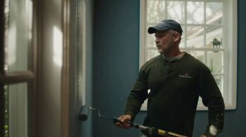 Benjamin Moore TV Spot, 'See the Love: Anthem' - Thumbnail 6