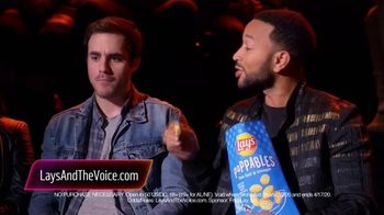 Lay's Poppables TV Spot, 'NBC: Favorite Voice Coach' Featuring John Legend - Thumbnail 8