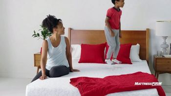 Mattress Firm Semi-Annual Sale TV Spot, 'Save Up to $400: Free Adjustable Base' - Thumbnail 5