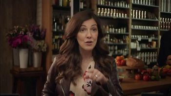 Buick Encore GX TV Spot, 'Surprise Dinner Party' Song by Matt and Kim [T1] - Thumbnail 6