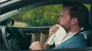 Red Lobster To Go TV Spot, 'Comfort of Home: $30' - Thumbnail 6