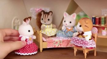 Calico Critters Sweet Raspberry Home & Red Roof Cozy Cottage TV Spot, 'Disney: Memories' - Thumbnail 5