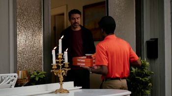 Little Caesars Pizza TV Spot, 'Doorbell: Free Delivery' - Thumbnail 7