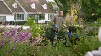 Lowe's TV Spot, 'Yard-Off: Garden Soil' - Thumbnail 3