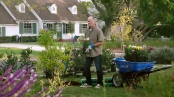 Lowe's TV Spot, 'Yard-Off: Garden Soil' - Thumbnail 4