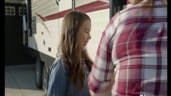 Camping World Spring Clean Inventory Reduction TV Spot, 'Coleman Lantern LT 262BH' - Thumbnail 4