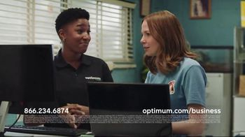 Optimum TV Spot, 'Veterinary Mix-Up' - Thumbnail 10