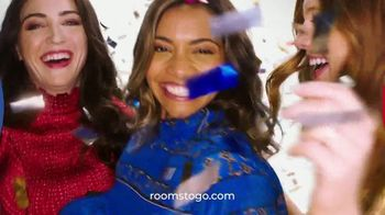 Rooms to Go Anniversary Sale TV Spot, 'Sofía Vergara Collection' Song by Junior Senior