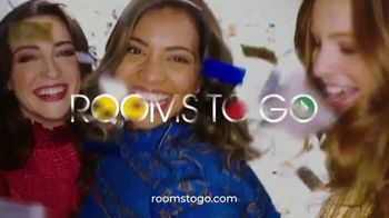 Rooms to Go Anniversary Sale TV Spot, 'Five Piece Dining Set' Song by Junior Senior - Thumbnail 9
