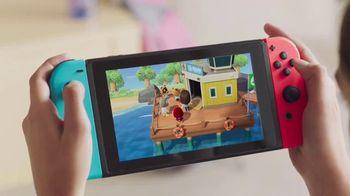Nintendo Switch TV Spot, 'Animal Crossing: New Horizons: Your Personal Island Paradise' - Thumbnail 2