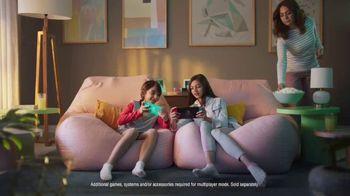 Nintendo Switch TV Spot, 'Animal Crossing: New Horizons: Your Personal Island Paradise' - Thumbnail 6