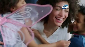 Dial Silk Moisture Body Washes TV Spot, 'Always Ready' - Thumbnail 7