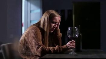 American Addiction Centers TV Spot, 'Drinking to Unwind'