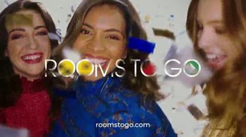 Rooms to Go Anniversary Sale TV Spot, 'Five Piece Bedroom: Bonus Buy' Song by Junior Senior - Thumbnail 7