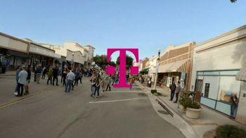 T-Mobile TV Spot, 'Samsung Galaxy S20 5G: compra uno y llévate otro gratis' [Spanish] - Thumbnail 1