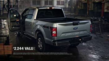 Ford Truck Month TV Spot, 'F-150: Leather and Liner' [T2] - Thumbnail 6