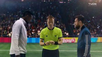 Lay's TV Spot, 'UEFA Champions League: tiempo maravilloso' con Lionel Messi, Paul Pogba [Spanish] - Thumbnail 1