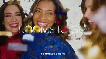 Rooms to Go Anniversary Sale TV Spot, 'Power Reclining Sectional' Song by Junior Senior - Thumbnail 10