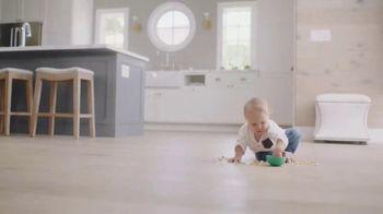 Bona TV Spot, '100 Years of Experience: Baby' - Thumbnail 6
