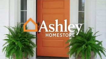 Ashley HomeStore Best of the Best Sale TV Spot, 'Queen Bed and Sectional' - Thumbnail 1