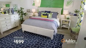 Ashley HomeStore Best of the Best Sale TV Spot, 'Queen Bed and Sectional' - Thumbnail 3