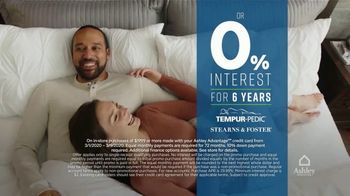 Ashley HomeStore Best of the Best Mattress Sale TV Spot, '$1000, Financing' Song by Midnight Riot - Thumbnail 5