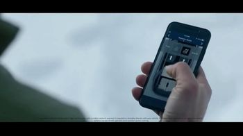 2020 Land Rover Discovery TV Spot, 'Play Harder: Remote Intelligent Seat Fold' Ft. Steven Nyman [T1] - Thumbnail 4