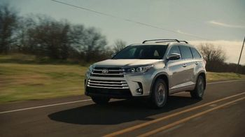 2019 Toyota Highlander TV Spot, \'Best Seats in the House\' [T2]