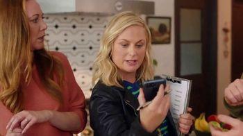 XFINITY xFi TV Spot, 'Family Heirloom: $20' Featuring Amy Poehler - Thumbnail 2