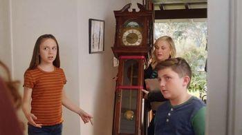 XFINITY xFi TV Spot, 'Family Heirloom: $20' Featuring Amy Poehler - Thumbnail 7