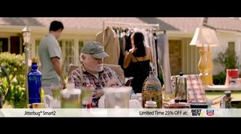 GreatCall Jitterbug Smart2 TV Spot, 'Yard Sale: 25 Percent Off'
