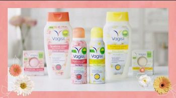 Vagisil Scentsitive Scents Dry Wash TV Spot, 'Spritz and Go, Girl' - Thumbnail 6