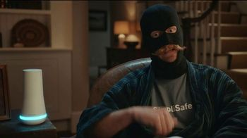 SimpliSafe Holiday Pricing TV Spot, 'Robbert: Like a Pro' - Thumbnail 4