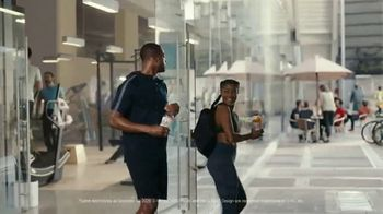 Gatorade Zero TV Spot, 'Back At It' Featuring Dwyane Wade, Gabrielle Union - Thumbnail 10