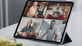 Frito Lay TV Spot, 'Group Chat' Ft. Tony Gonzalez, Deion Sanders, Terry Bradshaw, Michael Irvin - Thumbnail 6
