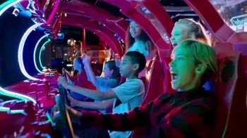 Dave and Buster's TV Spot, 'Holidays: Hot Wheels King of the Road Game'