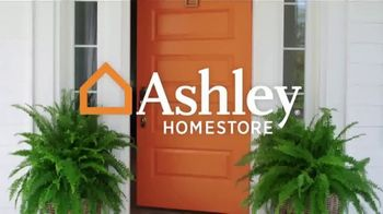 Ashley HomeStore New Year's Sale TV Spot, '30% Off: Queen Panel Beds' Song by Midnight Riot - Thumbnail 1