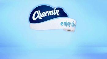 Charmin Super Mega Roll TV Spot, 'A Roll That Lasts' - Thumbnail 9