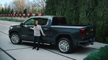 GMC Season to Upgrade TV Spot, 'One for You, One for Me: I Love It' [T2] - Thumbnail 5