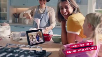 Food Network Kitchen App TV Spot, 'Holidays: Try Free Classes' - Thumbnail 3