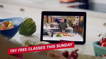 Food Network Kitchen App TV Spot, 'Holidays: Try Free Classes' - Thumbnail 6