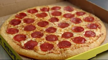 Hungry Howie's Stuffed Flavored Crust Pizza TV Spot, 'Mall Cop' - Thumbnail 3
